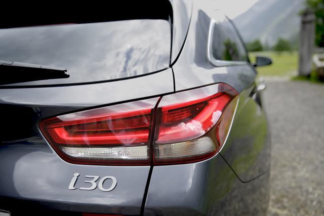 Hyundai i30 kombi erfahrungsbericht 738d117e4e791b5dfc8280228d41614e9da238c85e6edb7b9bb2a4ceec76e928